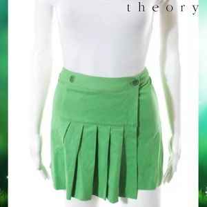 THEORY Awesome Green Box Pleated Skirt